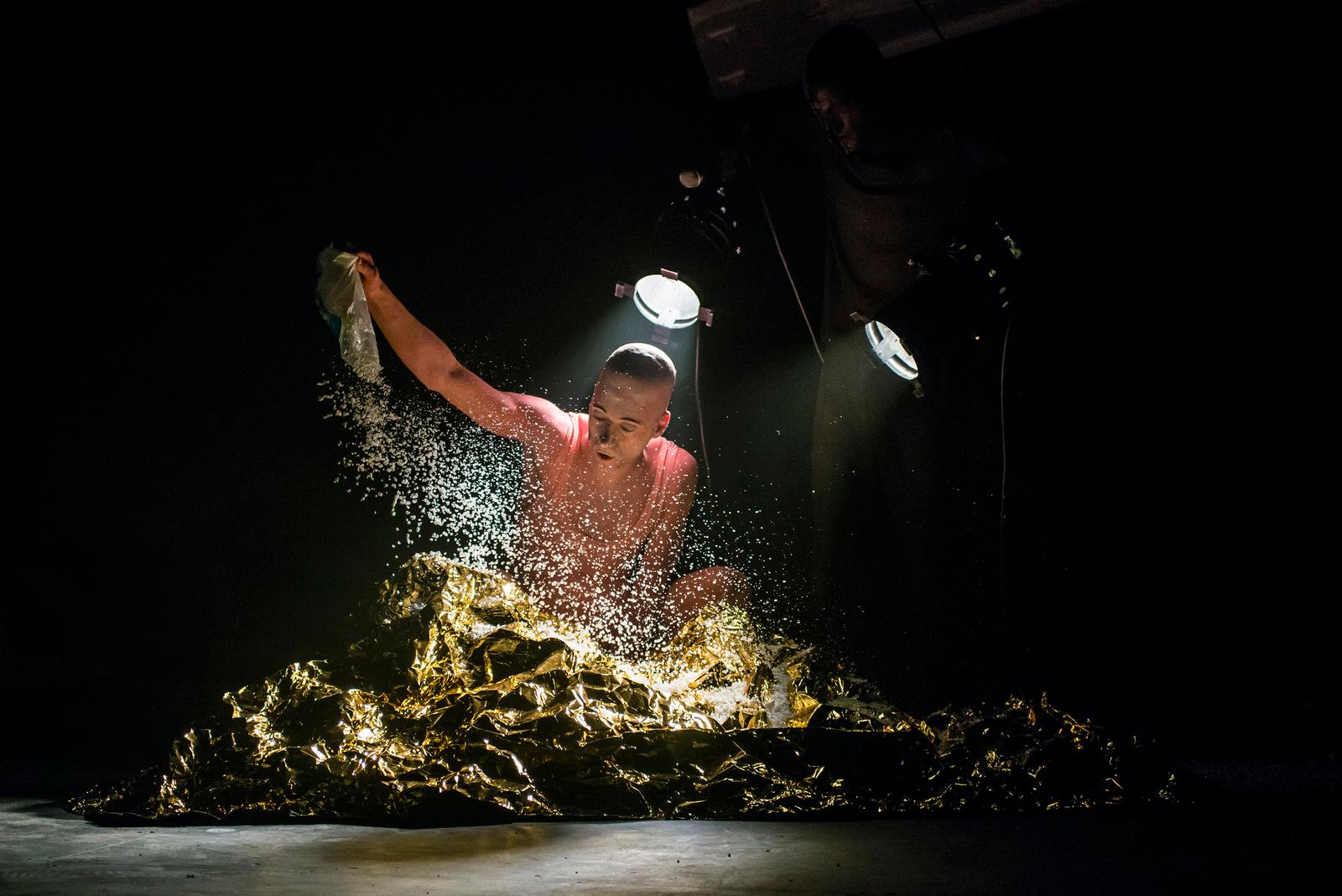 《泰坦—諸神之舞》劇照