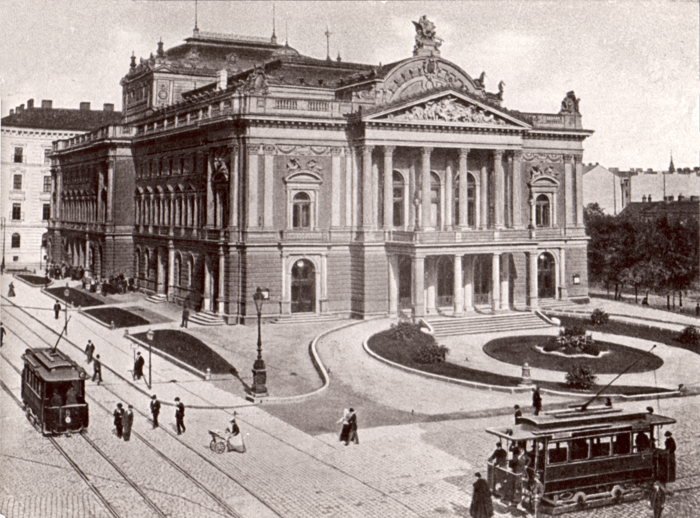 Inaugurated in 1882, Brno's Mahen Theatre hosted a number of premiere of Janáček's operas, including <i>The Cunning Little Vixen</i> and <i>The Makropulos Case</i>