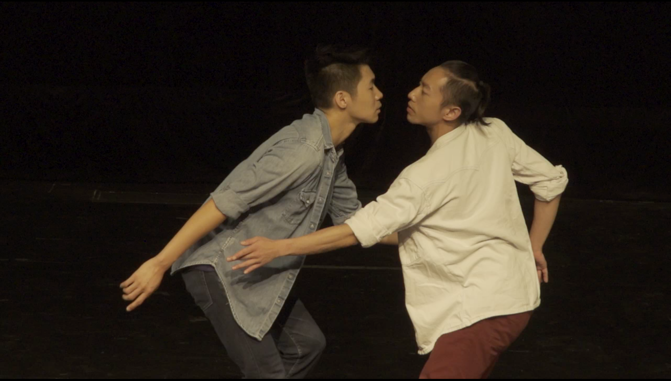 A number of sonic elements used in <i>Vortex</i> were first recorded by Wayson (left) and then modified and arranged by Peter Lenaerts. The delicateness of the soundtrack ably complements the slow, whirling movement choreographed by Wayson<br></br>© Photo provided by Beijing Dance Festival
