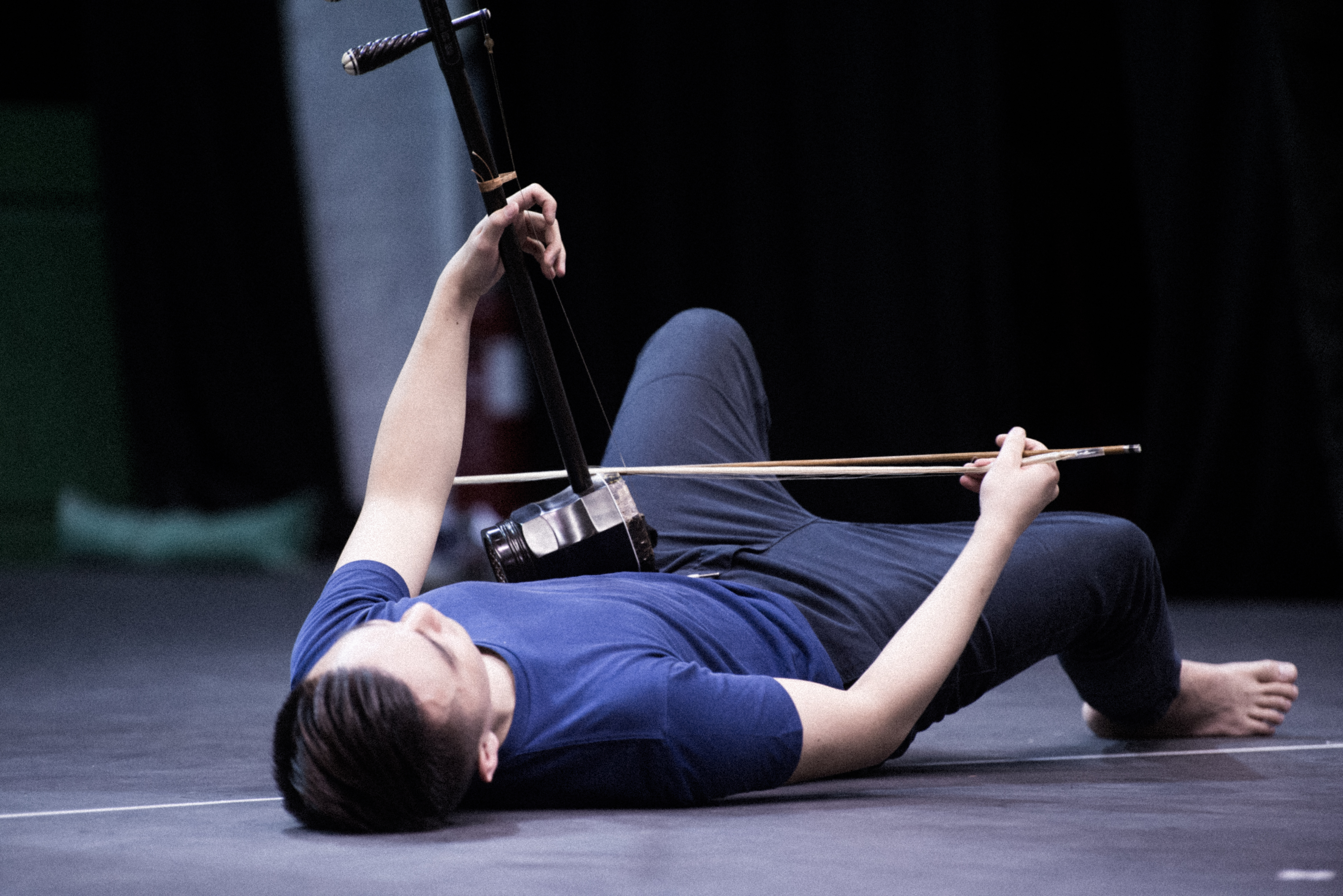 It is a big challenge for the performers in <i>Journey to the West Rewind</i> to simultaneously attend to acting, playing their instruments and physical movement